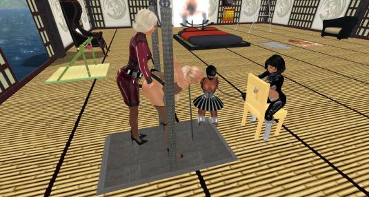 Dio using tittia, Jenny and Flo watching