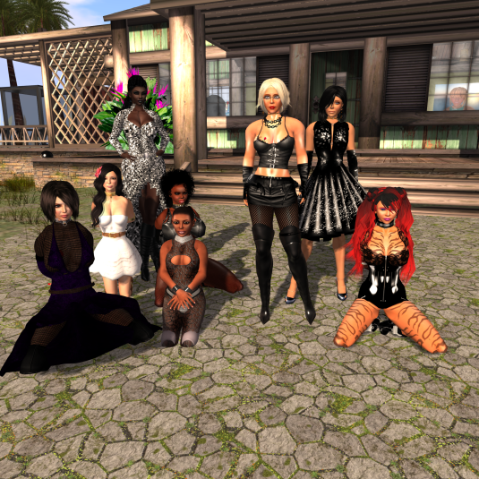 Spontaneous Family Meeting: rona, Fae, Argi, Dana, slave, Diomita, Jenny and Kitty