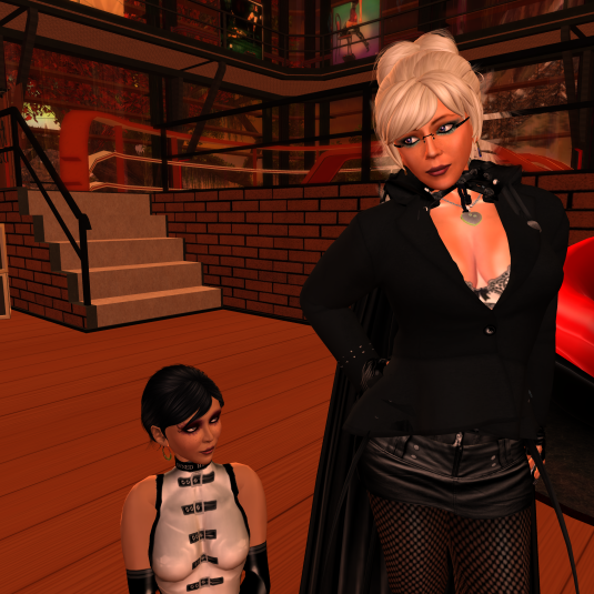 Diomita with her property Ehesklavin Jenny at Domme a Domme