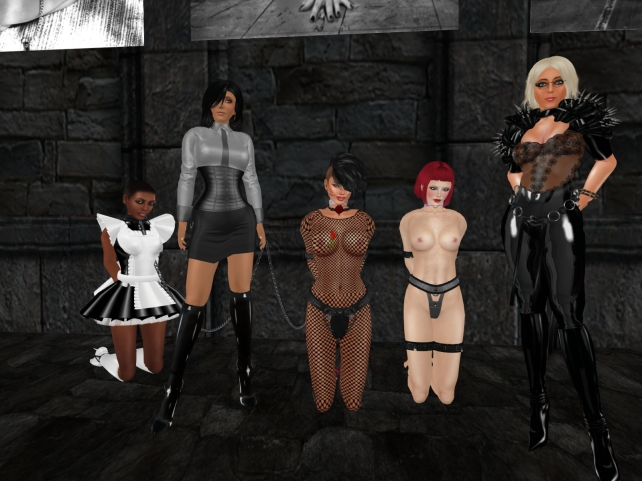 December 15th, 2015: The collaring of Nina - Maurerien orja (3) - from left to right: slave Flo, Jenny, sklavin Gebby, slave Nina, Dio