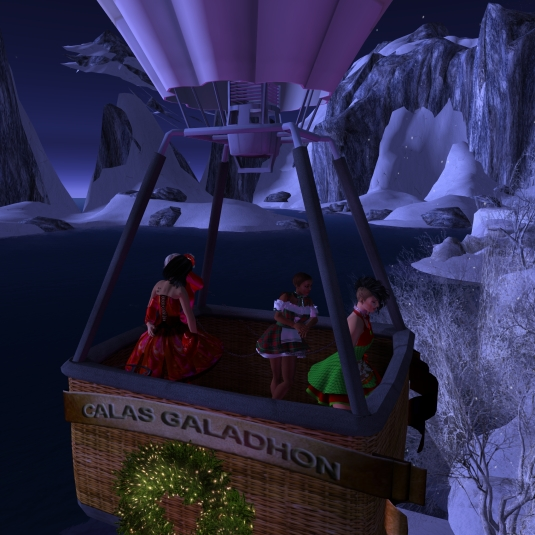 Calas Galadhon White Cristmas 2015 - the balloon ride (4): Jenny and Dio cuddling, slave Flo and sklavin Gebby enjoying the view