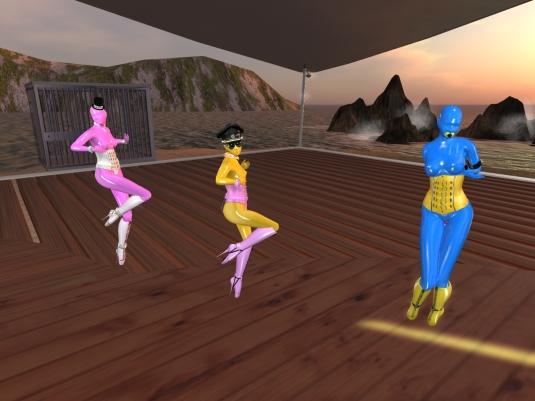 Jan 15th: slaves Nina, Flo and cecy enjoying the Friday night party