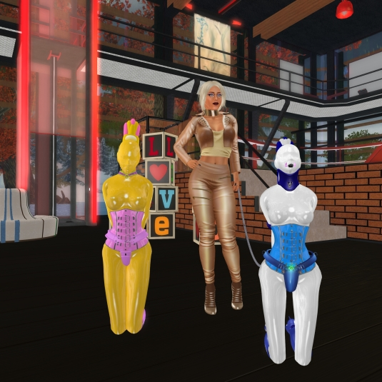 Jan 25th: Dio with slave Flo and Mii at Domme a Domme