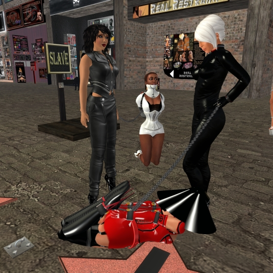 March 13th: Mistress Jenny and Dio with slave Flo and Sklavin Gebby at Lochme
