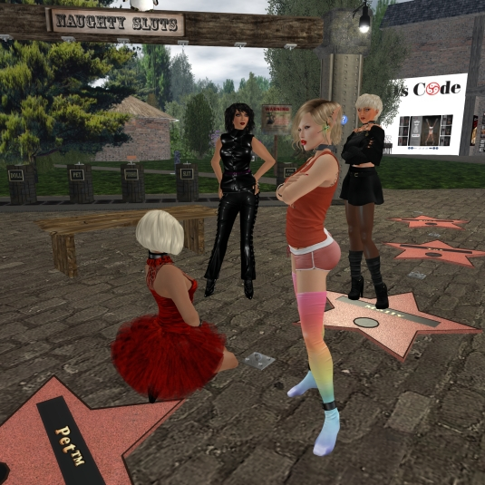 March 21st: Chatting at Lochme - Kitty, Mistress Jenny, Starry, Diomita