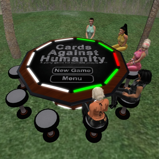 July 28th: slave cecy, slave Adarra, slavin C, Jenny and Diomita playing cards against humanity