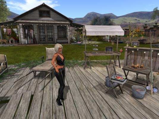 "July 31st: Diomita exploring ""Beautiful 4 Seasons"" (2)"