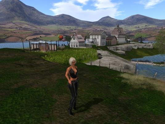 "July 31st: Diomita exploring ""Beautiful 4 Seasons"" (1)"