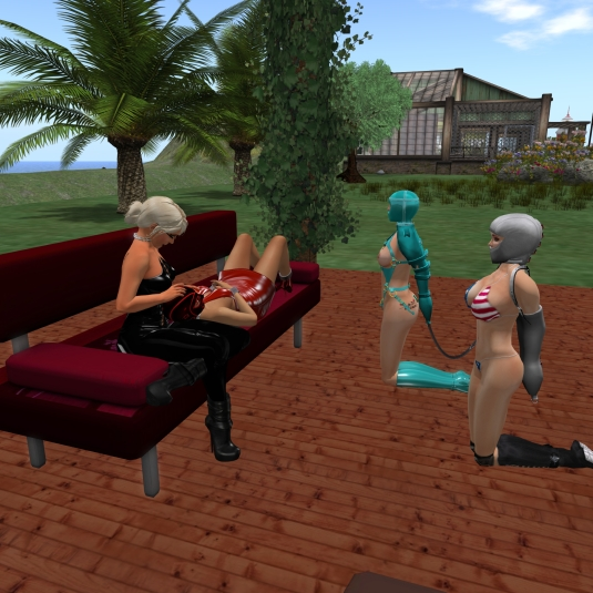 August 22nd: Diomita and Jenny with Linda and slave cecy at the patio