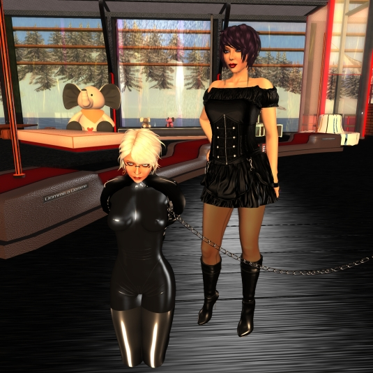 October 3rd: Mistress Jenny and Diomita at Domme a Domme (DaD)