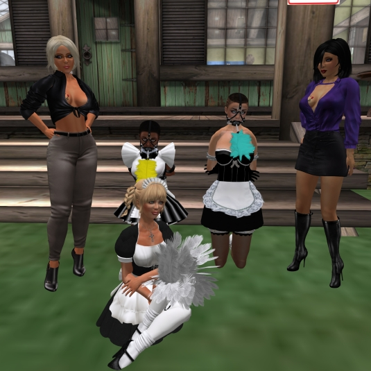 November 1st at home: Diomita and Jenny with slave maids Flo (yellow), slave maid cecy (cyan) and Angelique in her maid dress