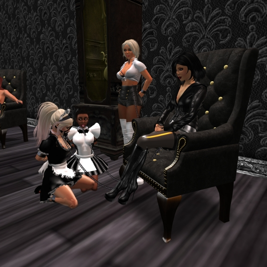 Novmeber 5th: Mistress Jenny and Diomita with slavin maid C and slave maid Flo at TSH