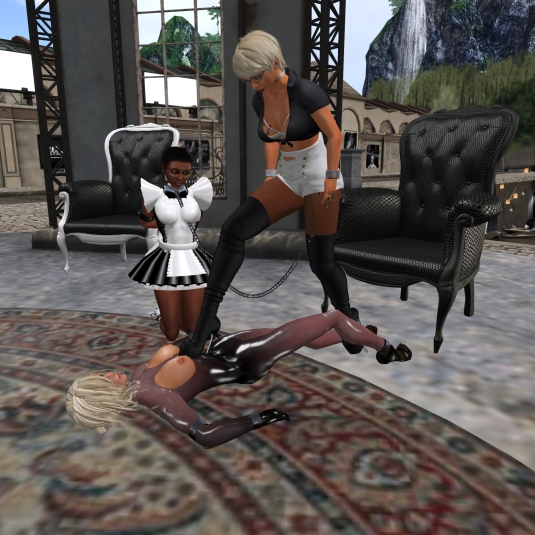 November 6th at HeAdLiGhTs: Diomita taking Advantage of slave Daniela (scarfdaniela), slave Flo watching