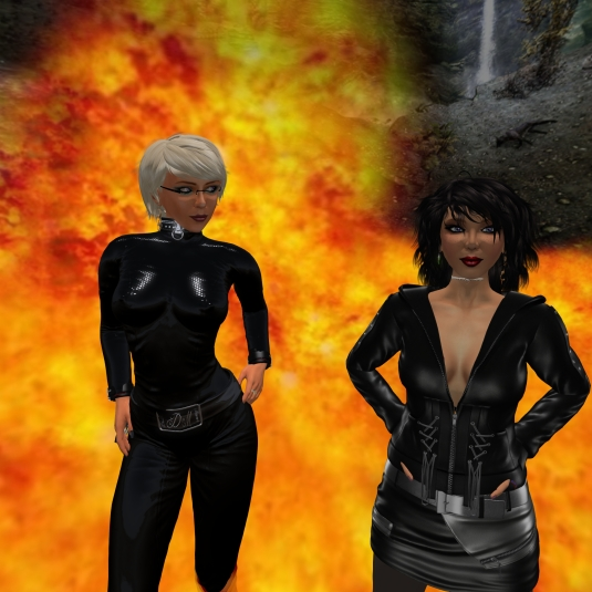 Novmber 8th: Mistress Jenny and Diomita in Duet - hot!