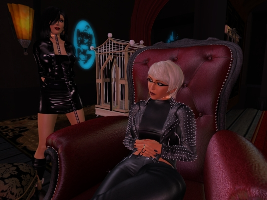 November 16th: Mistress Diomita and Jenny at club DeLust