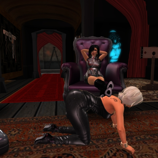 December 28th: Mistress Jenny and Diomita at club DeLust
