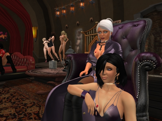 Jan 29th: Mistress Diomita and Jenny at club DeLust