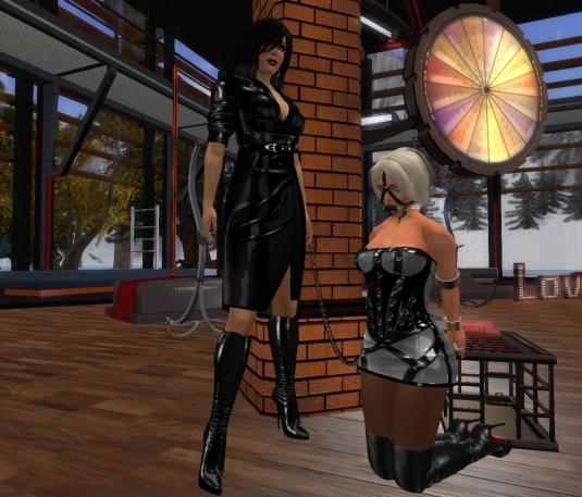 Enjoying bondage February 2017: Mistress Jenny and Ehesklavin Diomita at DaD