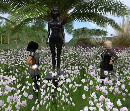 Feb 25th at home: Mistress Jenny and Diomita at the statue of the black woman