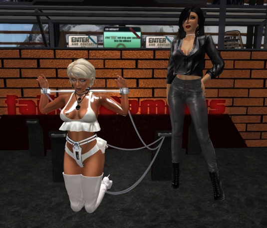 February, 28th: Mistress Jenny with Ehesklavin Diomita at DaD